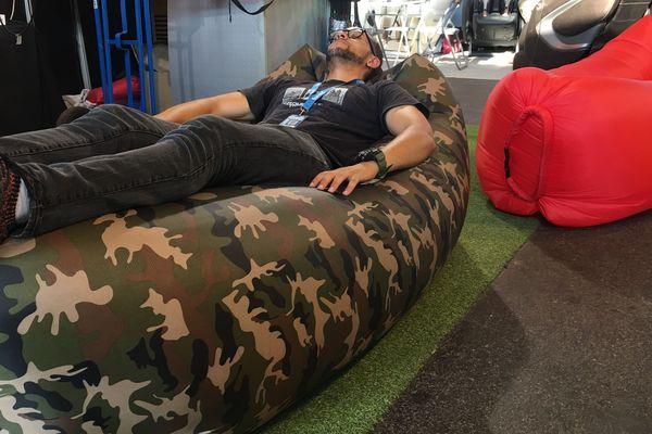 Un hamac très confortable pour flâner, bouquiner ou faire une sieste...