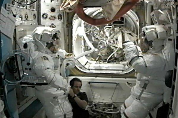 A bord de la station spatiale internationale (ISS)