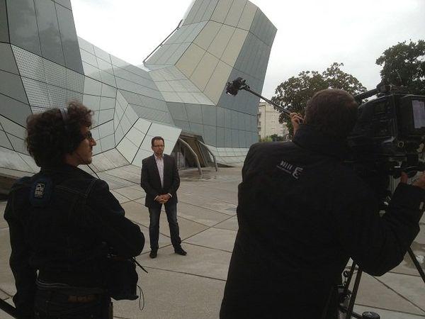 Christophe Carin et l'équipe de tournage