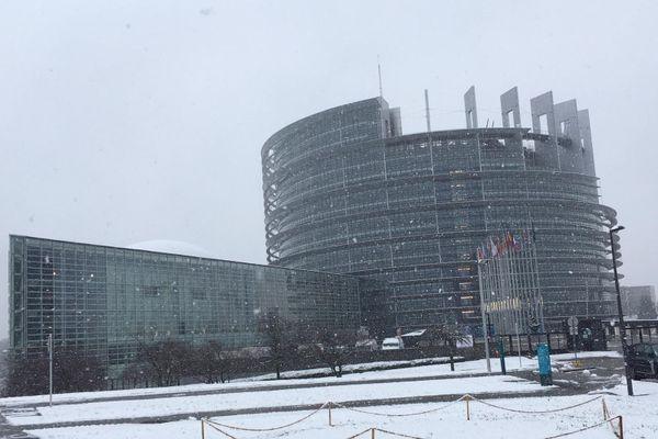 De la neige au parlement européen à Strasbourg.