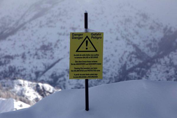 Le risque d'avalanche était de 4/5 lorsque les jeunes femmes qui faisaient du snowboard ont été emportées