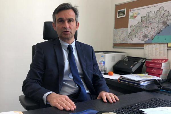 Raphaël Balland, procureur de la République de Béziers, se veut dans la fermeté par rapport au non-respect de la loi de confinement, mais aussi dans la lutte contre les trafics au sein du centre pénitentiaire.
