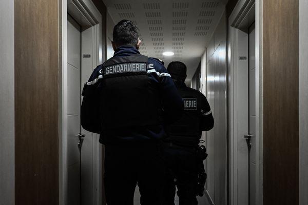 Les gendarmes ont saisi près de 15 000 euros en liquide à l'Union. Mars 2021.