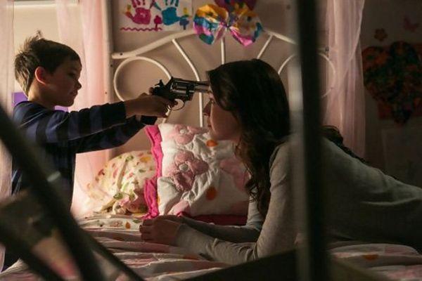 Emelie ou l'histoire de trois enfants livrés à une baby-sitter psychopathe