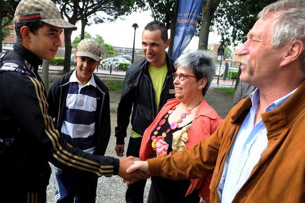 José Bové rencontre les jeunes du quartier des Izards à Toulouse, en mai 2014