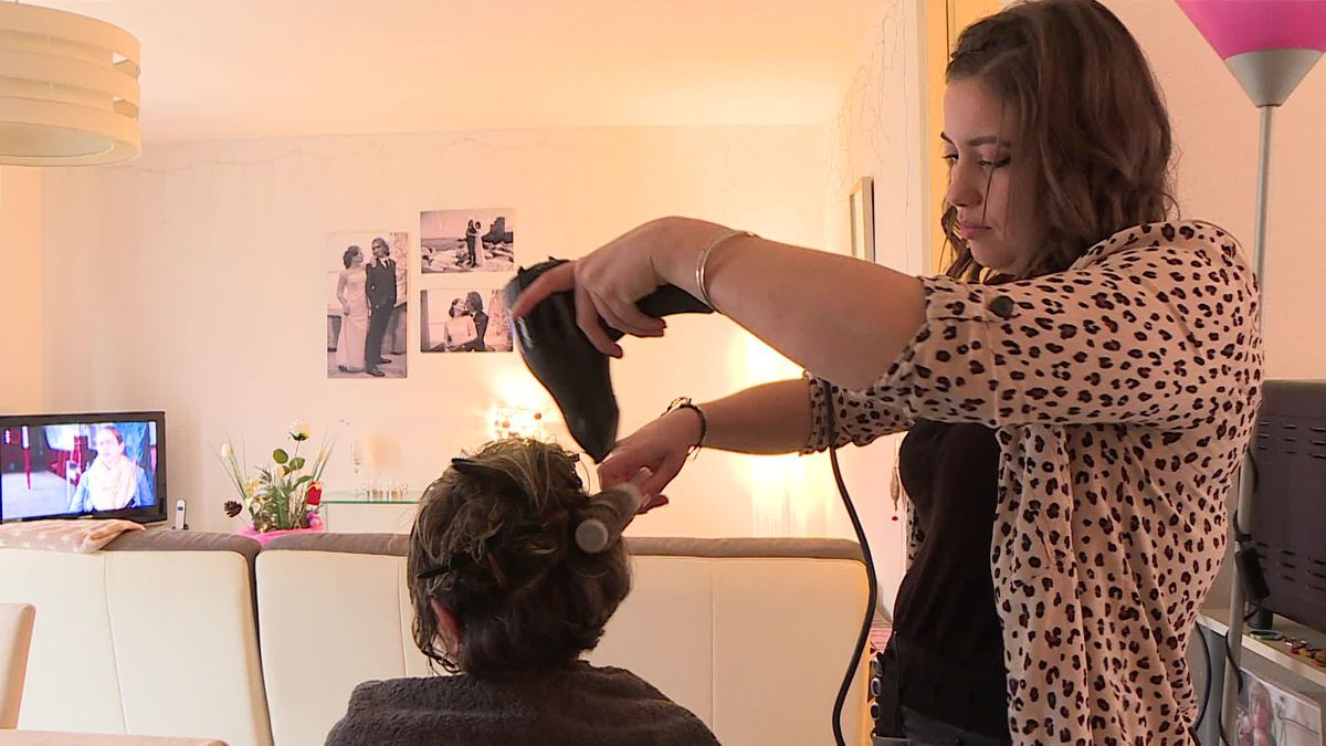 Covid et confinement, les coiffeurs à domicile interdits de