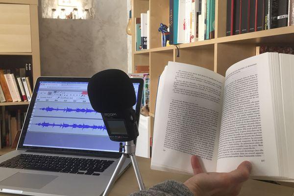 Enregistrer un livre audio pour les personnes empêchées de lire.