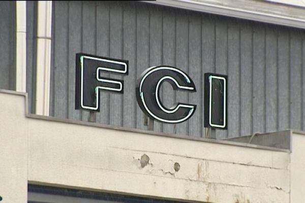 Les locaux de l'ancienne entreprise FCI dans la zone industrielle de Lons-Le-Saunier