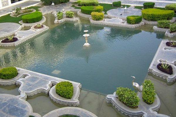Jardin lake palace de Mysore