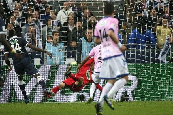Cheick Diabate après son deuxième pour Bordeaux lors de la finale de la Coupe de France au Stade de France.