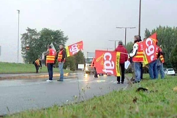 Les salariés de l'industrie du Pétrole veulent défendre un raffinage en France.