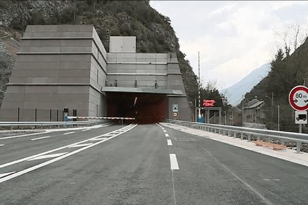 Le tunnel de Saint-Béat.