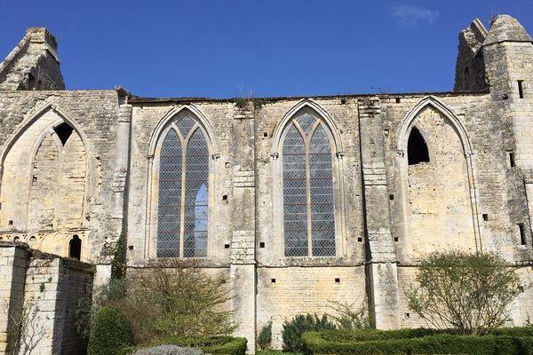 l'Abbaye de Longues-sur-mer