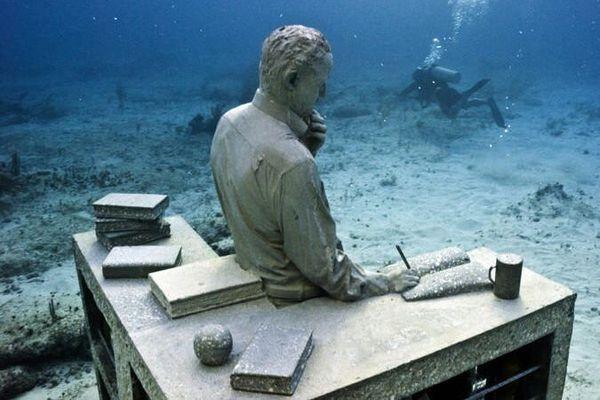 Sculpture de l'artiste Jason de Caires Taylor immergée au Mexique (Archives)