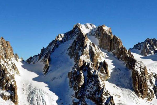 L'aiguille de l'Argentière, dans le massif du Mont-Blanc
