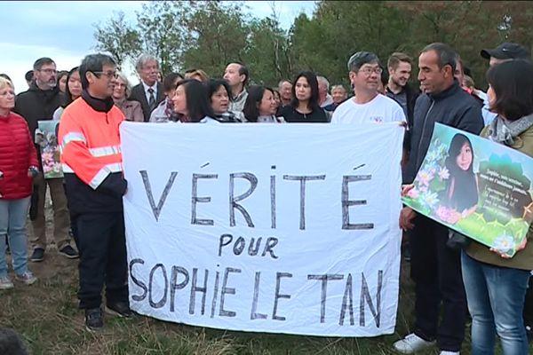Les proches de Sophie Le Tan, réunis samedi 7 septembre 2019 sur la colline de Mundolsheim, pour lui rendre hommage.