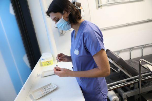 Photo d'illustration- la campagne de vaccination pour les soignants de plus de 50 ans a commencé ce week-end en Ile-de-France. Et en Normandie?