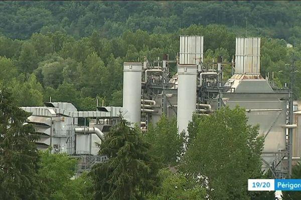 Les papeteries de Condat ne passeront pas à la Biomasse, faute d'aide du Gouvernement. Les syndicats y voient un mauvais signe pour l'avenir