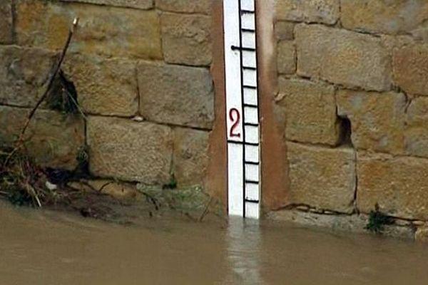 L'Aude en crue mesurée à Cuxac-d'Aude - novembre 2013.