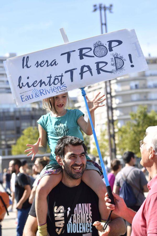 Beaucoup de jeunes et d'enfants ont marché pour le climat, lors de la première manifestation organisée le 8 septembre, ici à Rennes.