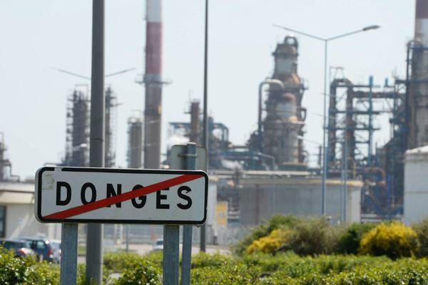 Les riverains de la raffinerie de Donges veulent savoir ce qu'ils ont respiré