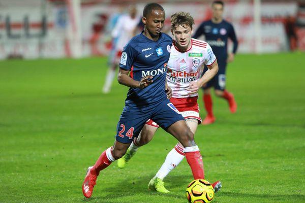 Le Castelroussin Chaker Alhadhur lors du match Ajaccio-Châteauroux (1-2), comptant pour la 36e journée de Ligue 2, le 3 mai 2019.