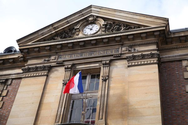 Palais de justice de Versailles