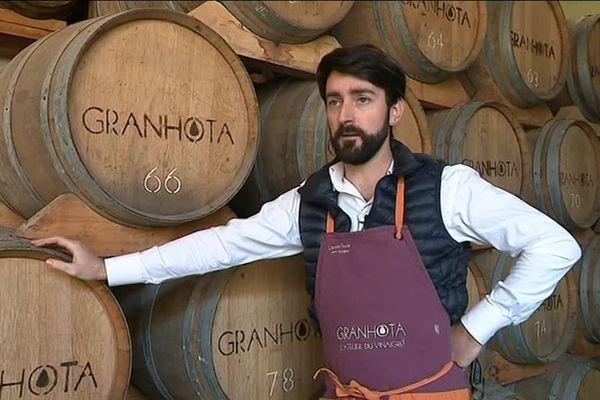 Laurent Faure, vinaigrier à Coursan dans l'Aude fabrique un vinaigre prisé des gourmets et présenté au salon de l'agriculture
