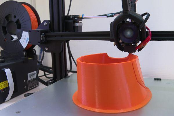 Pour cette pièce, l'imprimante 3D a travaillé pendant 72 heures.