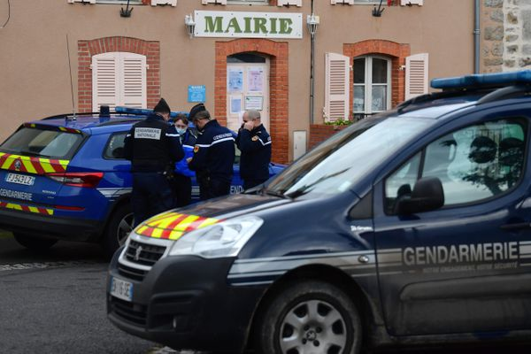 Les gendarmes appartenaient à la compagnie d'Ambert (Puy-de-Dôme)