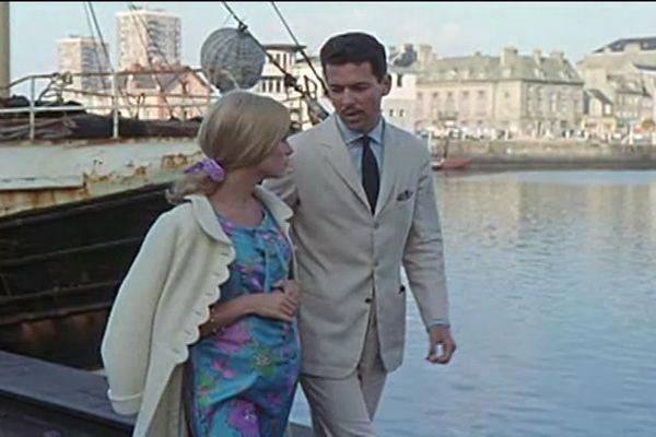Des scènes mythiques du film de Jacques Demy, que vous pouvez vivre ou revivre avec visite guidée des lieux importants du tournage et visionnage du film en dernière étape.