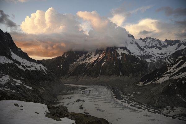 Déjà bien entamée, la fonte du glacier n'est pas prête de ralentir.