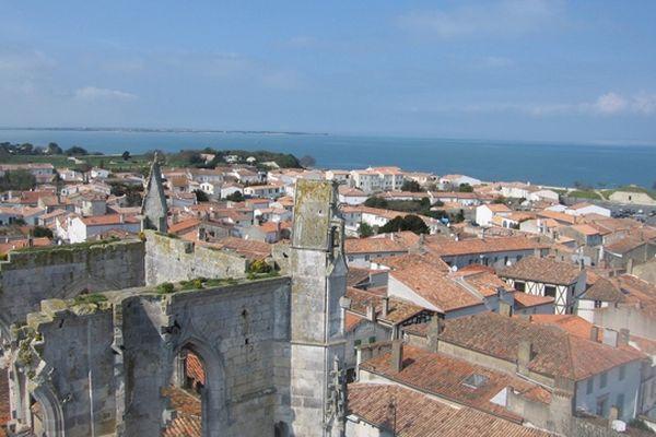 Vue du clocher de Saint Martin en Ré