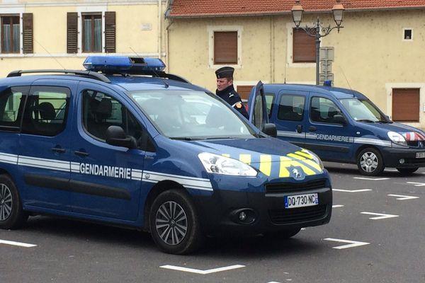 Les rues de Dieulouard quadrillées par la gendarmerie