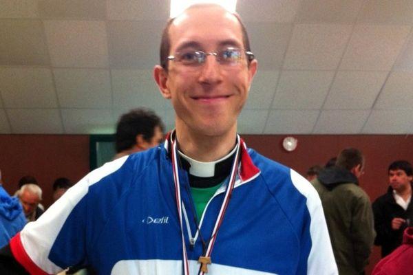 Silouane Deletraz, vainqueur du championnat de France cycliste du clergé 2015.