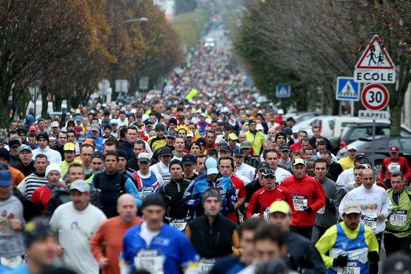 Le marathon de La Rochelle, un grand rendez-vous populaire et sportif (archives 2008)