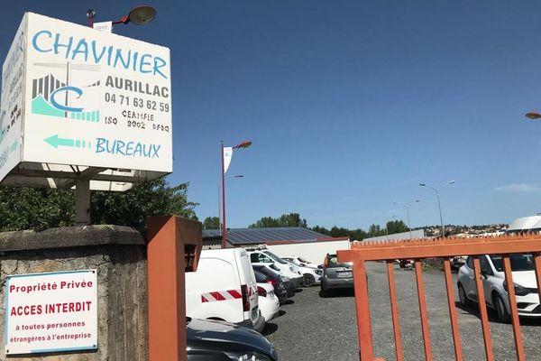 L'entreprise Chavinier et ses 136 salariés sont repris par la holding 4M INvestment, qui va tout de suite injecter un million d'euros dans l'entreprise d'Aurillac.