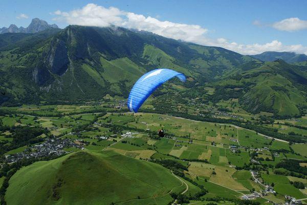 Vol en Parapente au-dessus d'Accous