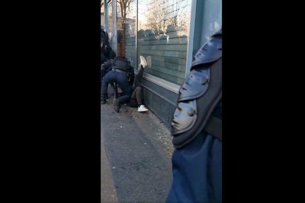 Jeune Breton frappé au sol lors de la manifestation du 18 janvier 2020 à Paris