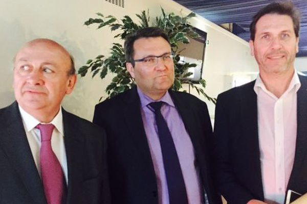 Laurent Lhomme (au centre)est le nouveau président de l'OLB. Il prend la relève de Christophe Dupont (à droite) qui annoncé sa démission le 12 mai dernier.
