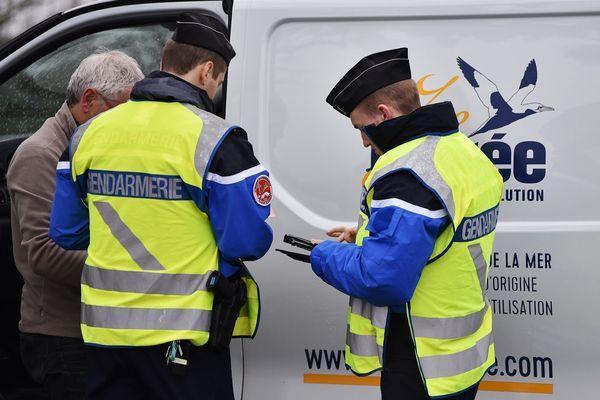 Contrôles routiers dans le Morbihan pour une opération qui a réuni police, gendarmerie et douanes.