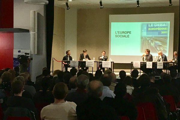 Le débat sur l'Europe à Buxerolles