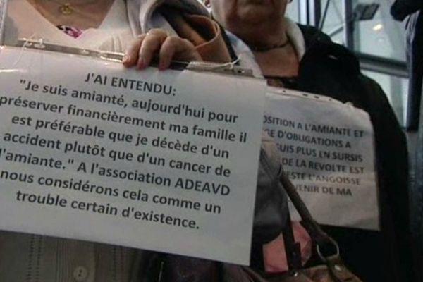 Les victimes de l'amiante en mars 2013 au tribunal de Grenoble