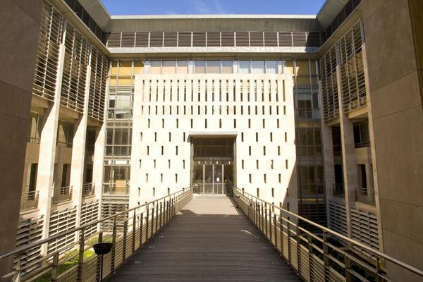 Le procès a commencé ce lundi matin devant la Cour d'assises d'Aix-en-Provence. Verdict attendu vendredi 22 mai 2015.