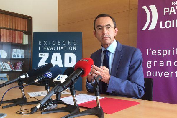 """Bruno Retailleau demande à Gérard Feldzer de """"se retirer"""" de la médiation de Notre-Dame-des-Landes"""