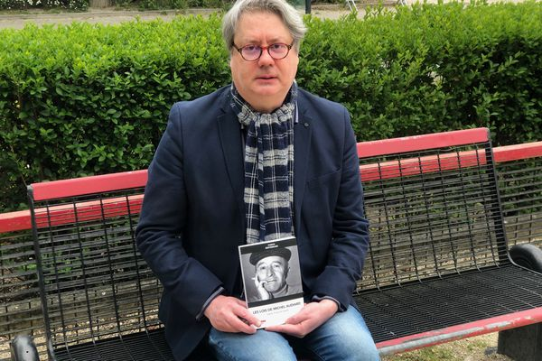 """Professeur de droit à Reims, Fabrice Defferrard s'appuie sur les célèbres dialogues de Michel Audiard pour nous livrer sa pensée juridique et politique. Son livre """"Les lois de Michel Audiard"""" vient d'être publié."""