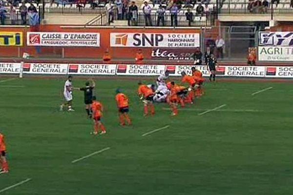 Narbonne (Aude) - le RCNM fait match nul 16 à 16 face à Bourgoin - 25 avril 2015.