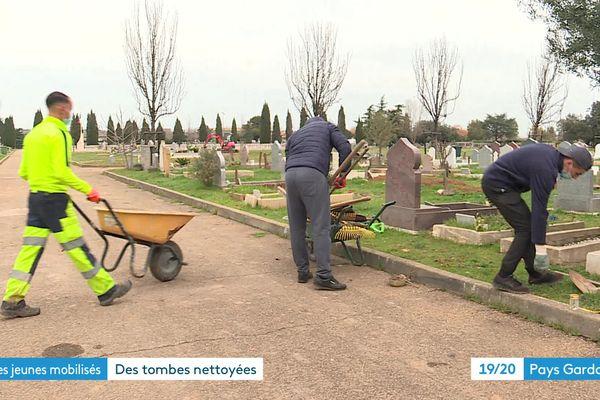 Déjà plus de 350 tombes remises en état
