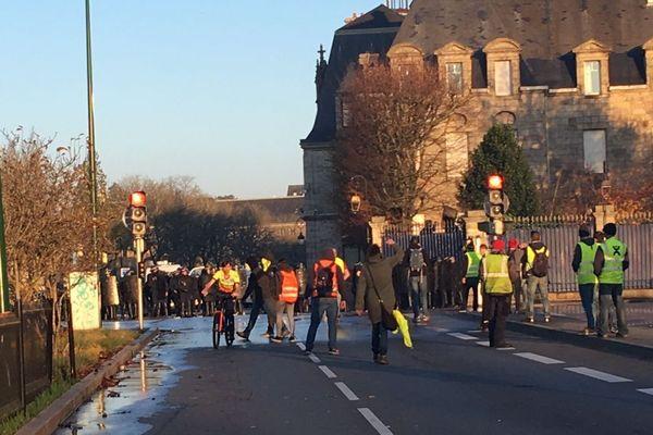 Manifestation des Gilets jaunes à Quimper le 17 novembre 2018