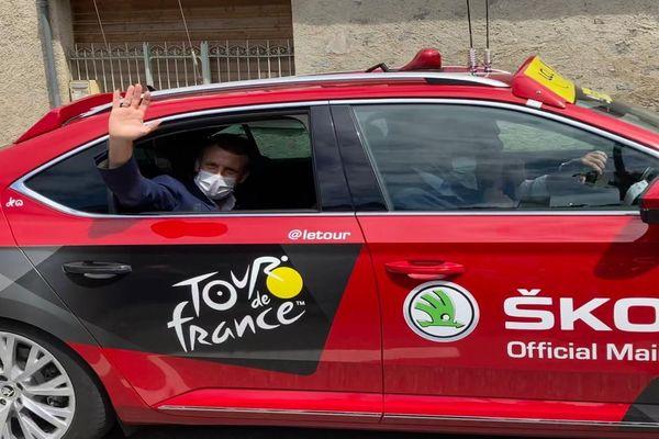 Emmanuel Macron sur la 15e étape du tour de France en direction de Luz Ardiden -2021.
